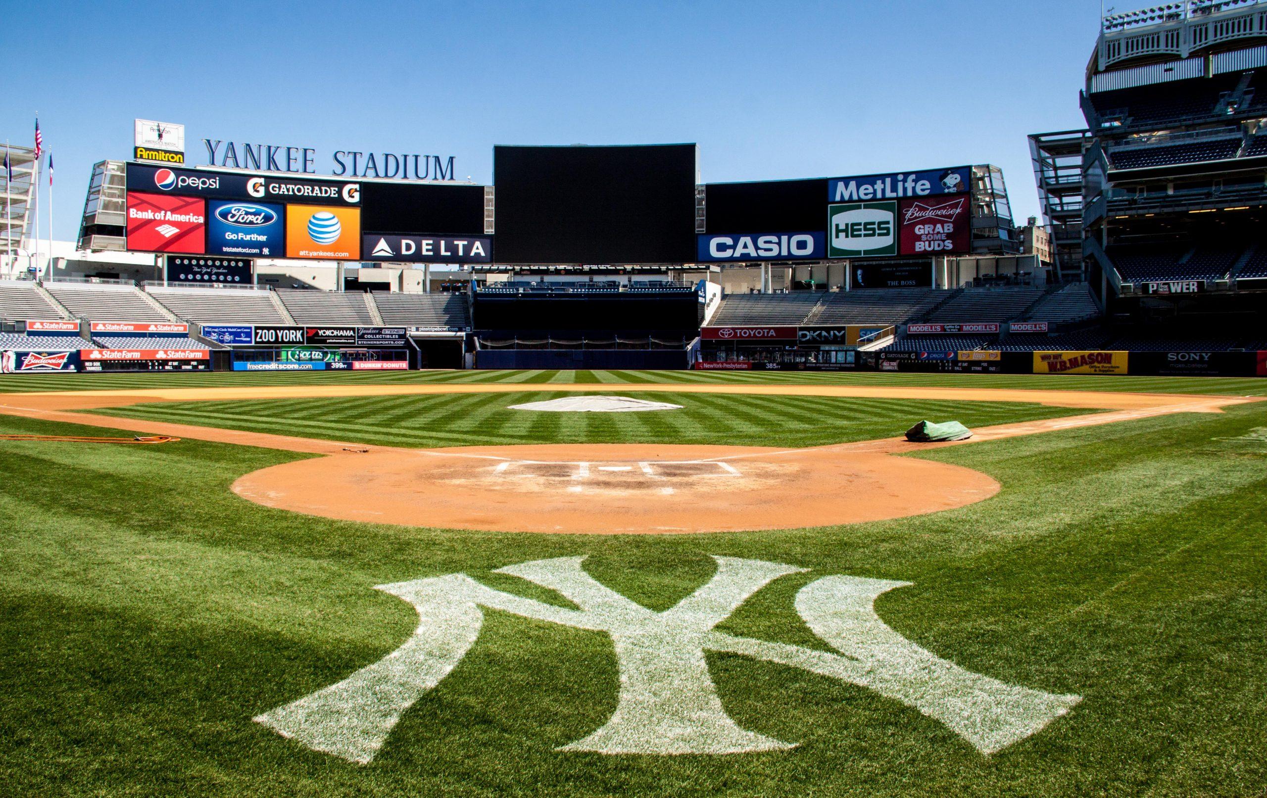 Mariano post Yankees Stadium